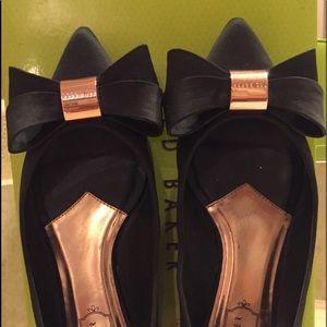 Ted Baker rose gold/black satin shoes